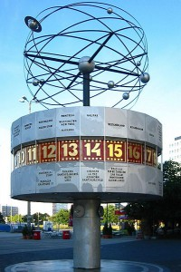 Берлин,Часы всемирного времени