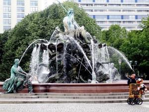"""Берлин. Фонтан """"Нептун"""""""