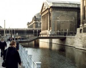Берлин. Музейный остров. Вид на Пергамский музей и музей Боде.