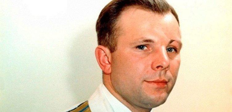 Юрий Гагарин на немецком языке