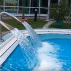 Кутежи и разгул в Ахенских банях, Ахенская минеральная вода, Окунуться в теплую лечебную воду