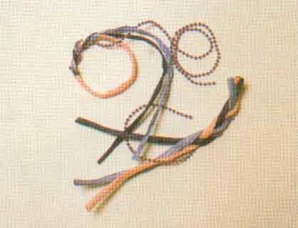 Кольцо из бумажного шнура