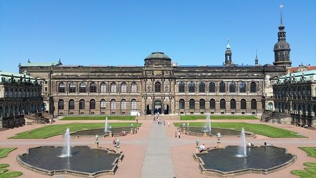 Здание Дрезденской галереи